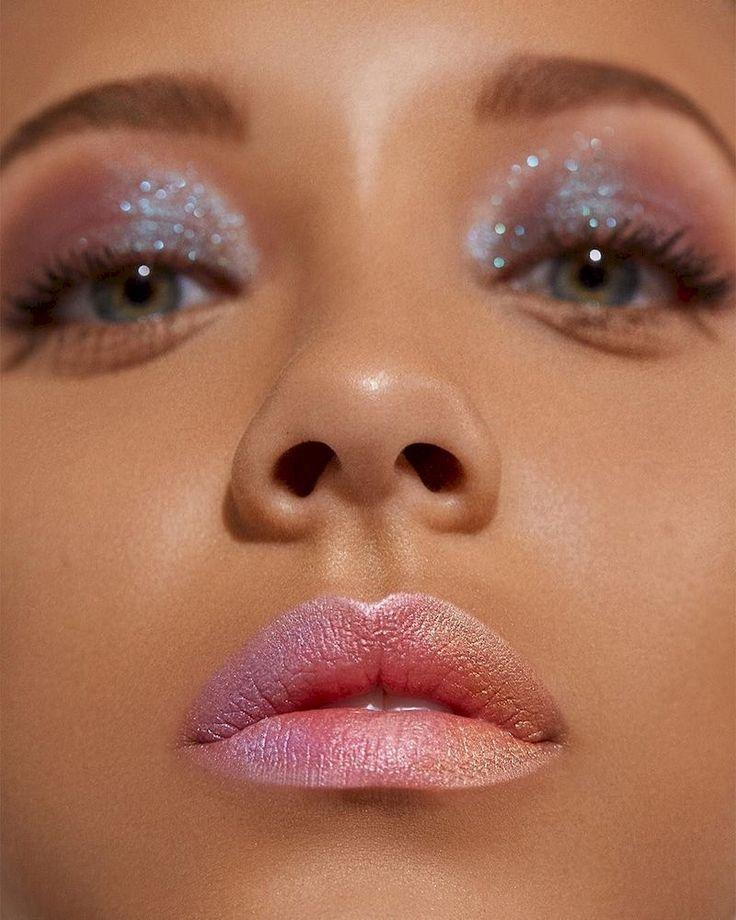 #AugenMakeupIdee #Die #eye makeup looks #Hause #können #machen #magische #Sie #zu 35 Magical Eye Makeup Idea You Can Do at Home Fantastische 35 magische Augen-Make-upidee, die Sie zu Hause tun können klambeni.com / ... #glittereyemakeup