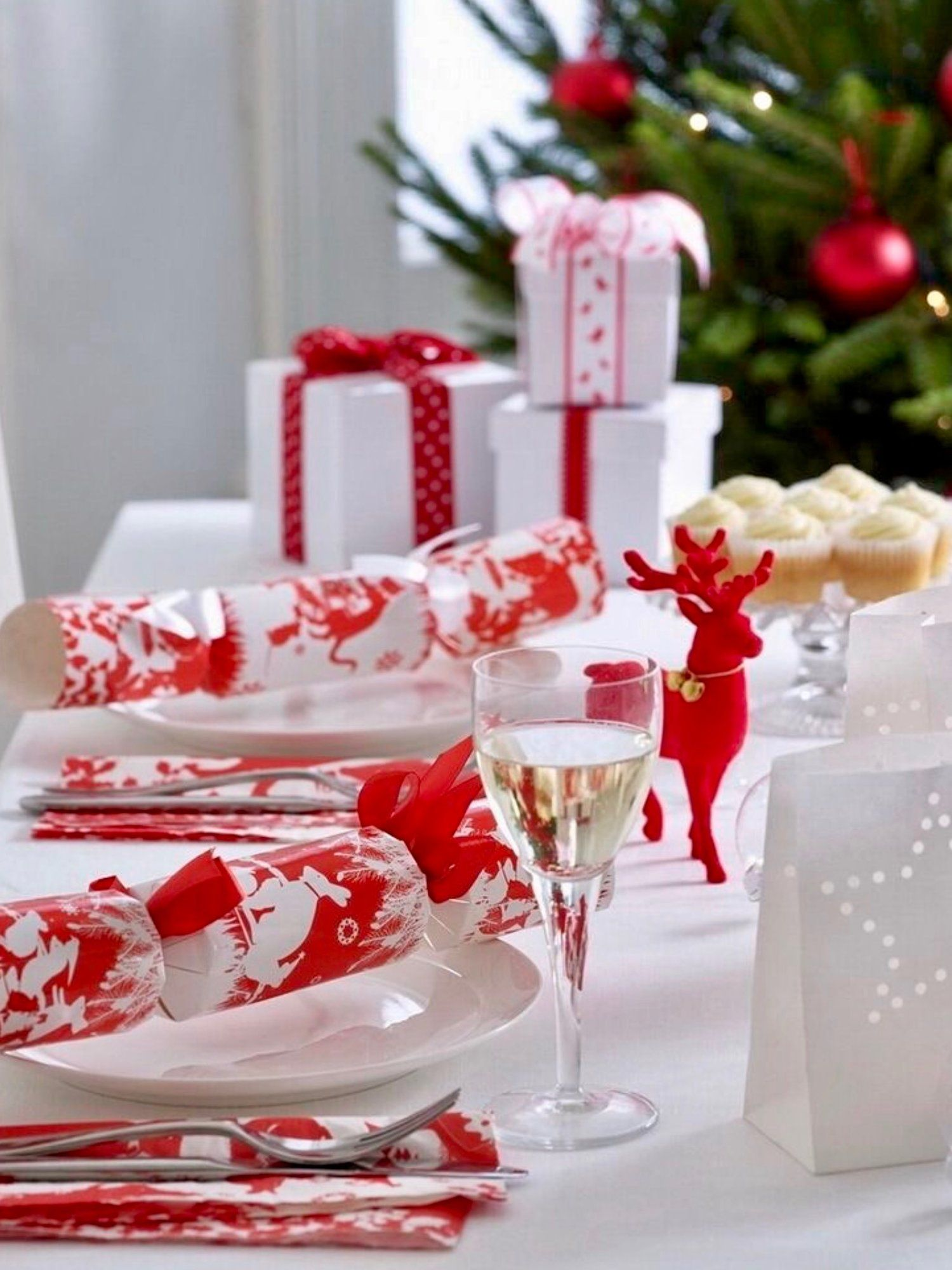 Top 150 Christmas Tables (2/5)🎄 | Christmas Table Decorations ...