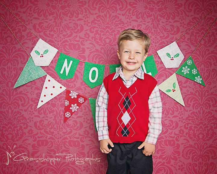 Christmas Burlap Banner NOEL with Mistletoe / Christmas Photography Prop / Christmas Bunting Mantel Decor / Hostess Gift. $28.00, via Etsy.