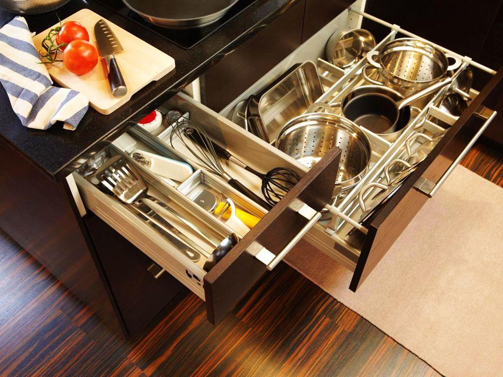 Sliding-Cabinet-Organizers-Kitchen | Kitchen Design Inspiration  http://www.wenamedia.com/awesome-tips-to-kitchen-cabinet-organizers/sliding-cabinet-organizers-kitchen/