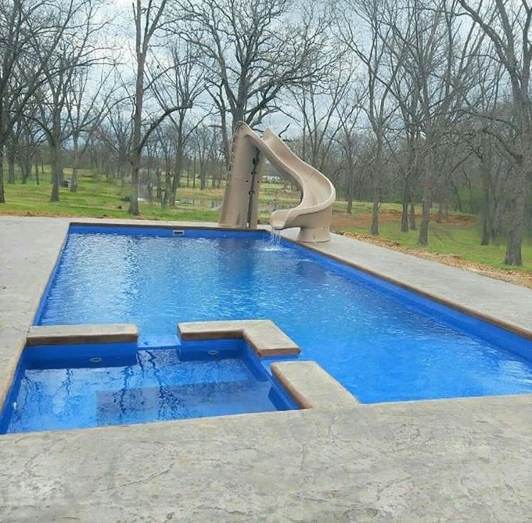 Welcome To The Icon From Leisure Pools Built In Spa Splash Deck With 40 Feet In Length And