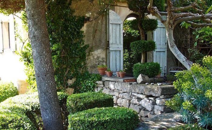 Jardim Visita: A estilista parisiense em Provence: Gardenista