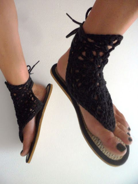 VMSomⒶ KOPPA: crochet embellished sandals