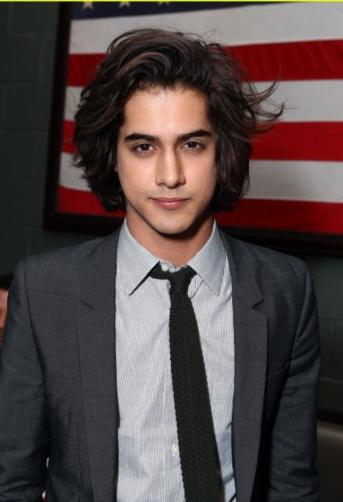 Pin By Senthil On My Fav Long Hair Styles In 2019 Avan Jogia Evan