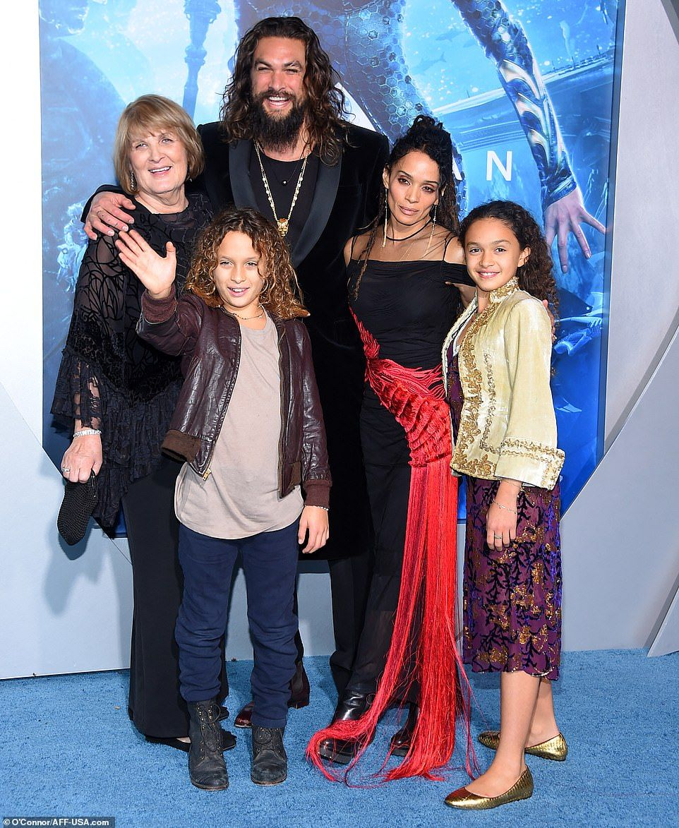 Jason Momoa Cosies Up To Lisa Bonet And Their Two Children: Jason Momoa And Wife Lisa Bonet Pack On The PDA At Aquaman