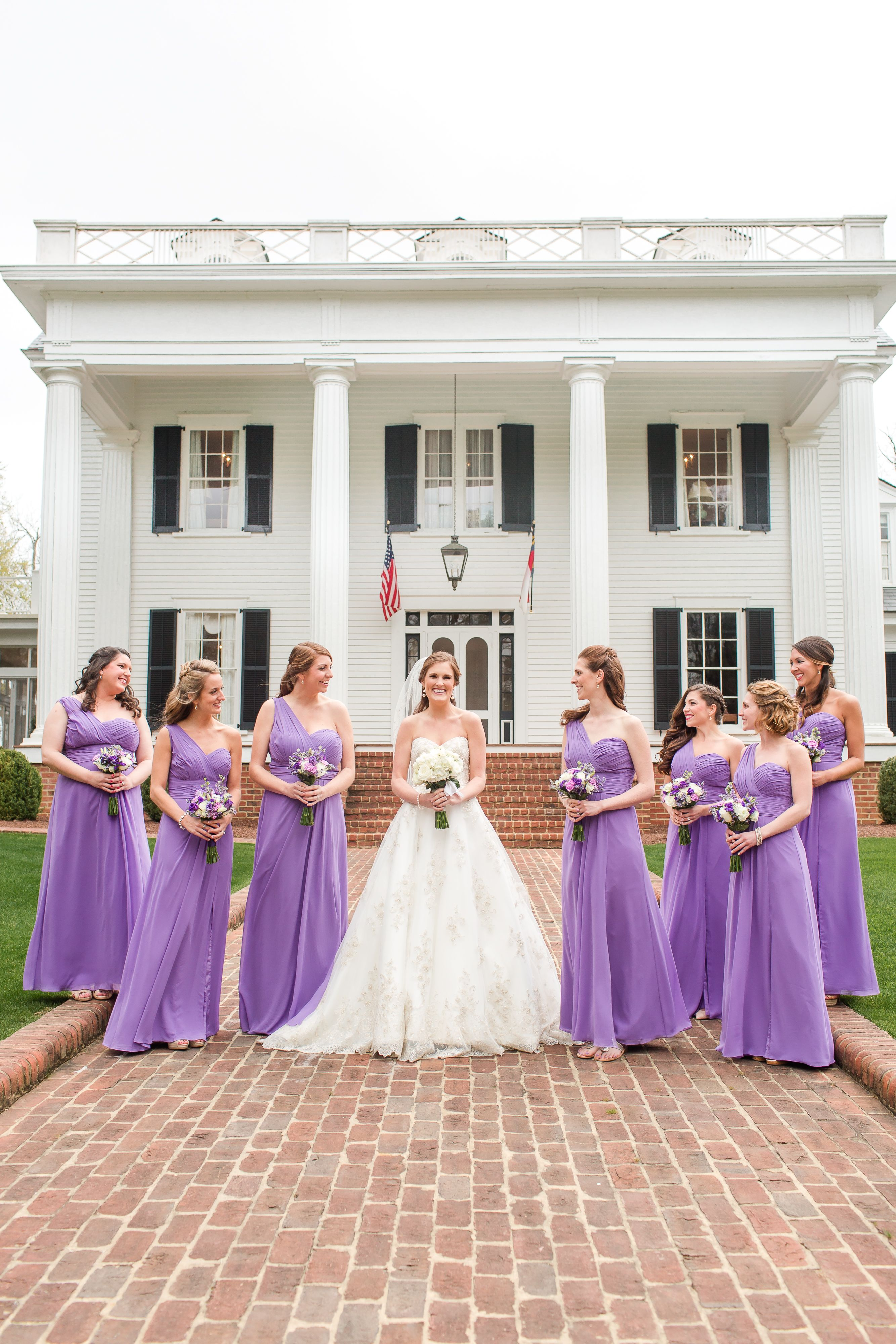 Amy Allen Photography. www.amyallenphotography.com Southern Rose Hill Plantation Wedding. Bridesmaids