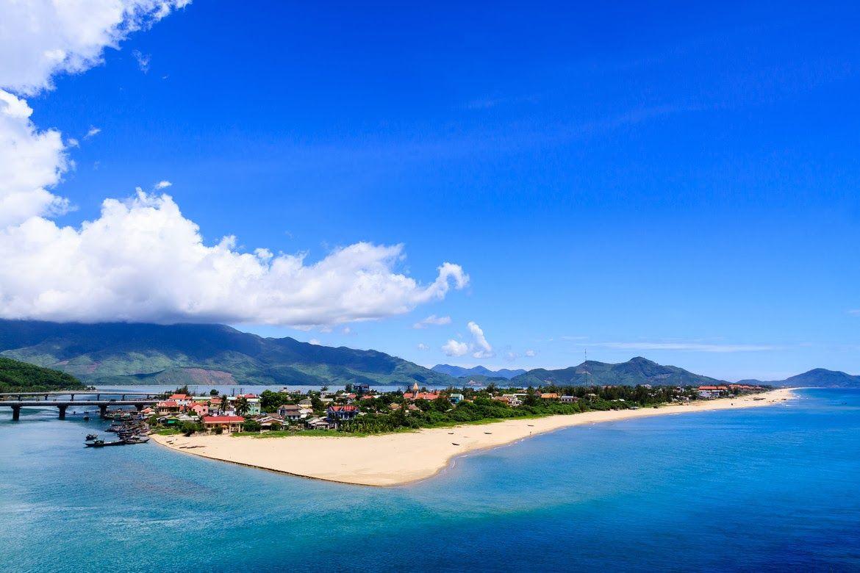 Lang Co Beach - Journey vietnam