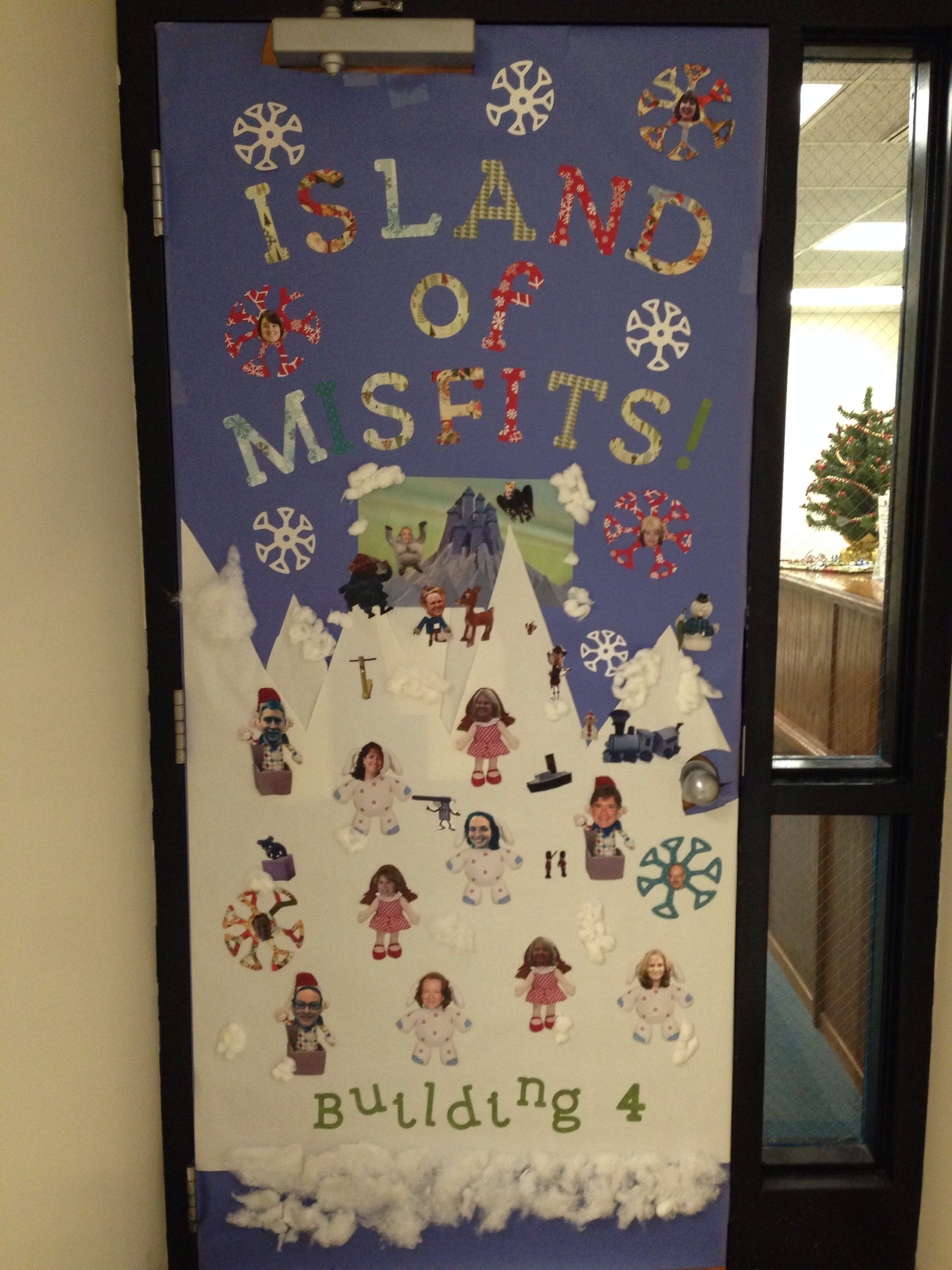 Island of misfits christmas door decoration contest christmas