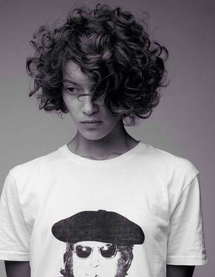 Cheveux bouclés toutes les coiffures pour cheveux