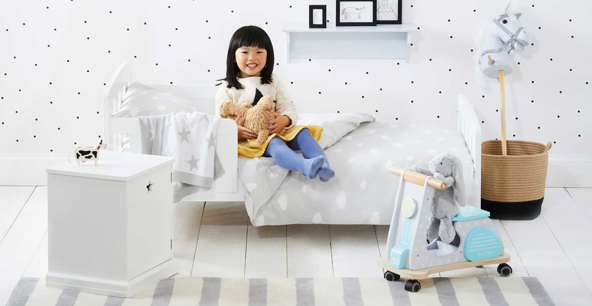 Phoenix Toddler Bed (Nearly Perfect) Kid beds, Childrens