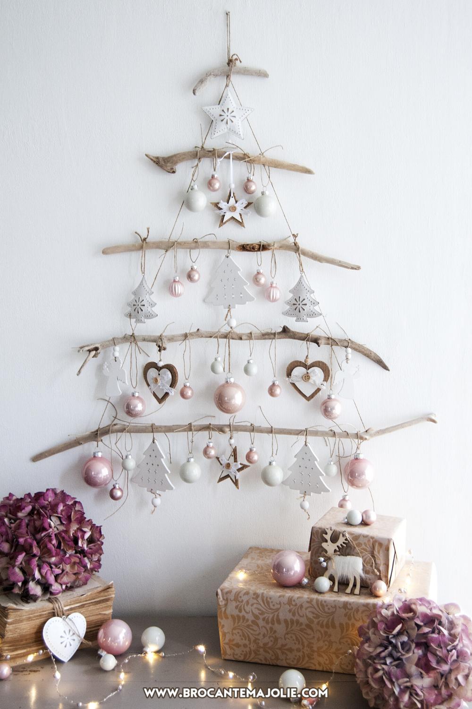 Driftwood Christmas Tree Wall Hanging Pink And White Etsy Wall Christmas Tree Driftwood Christmas Tree Christmas Decor Diy