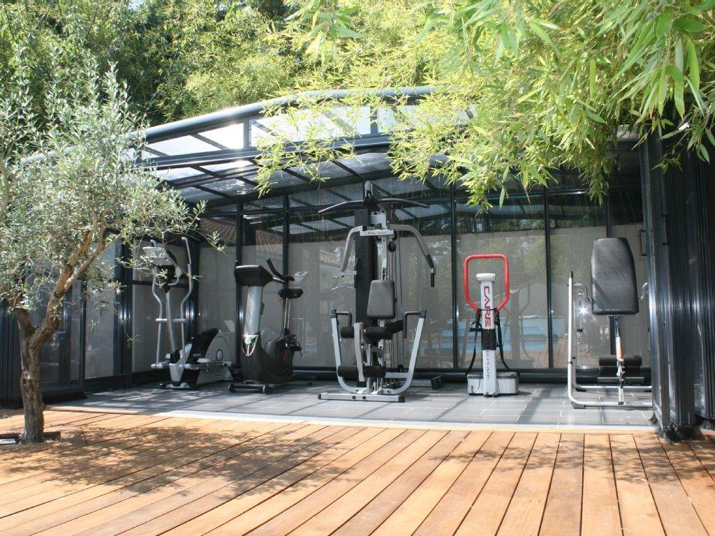 location vacances maison arcachon salles de sport de 19. Black Bedroom Furniture Sets. Home Design Ideas