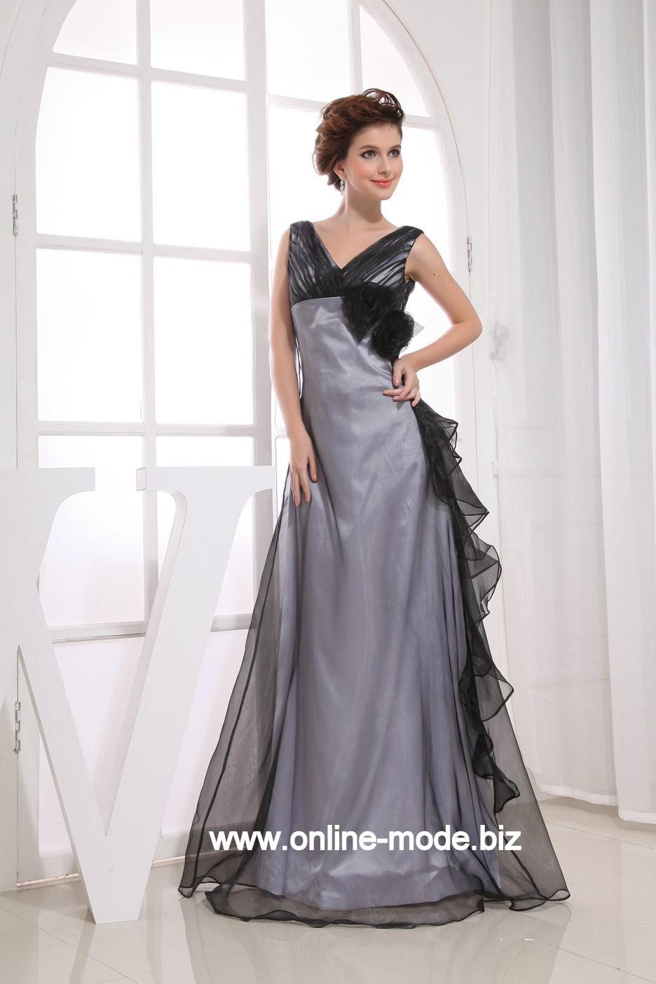 pin von mode 2020 kleider abendkleider auf abendkleider in