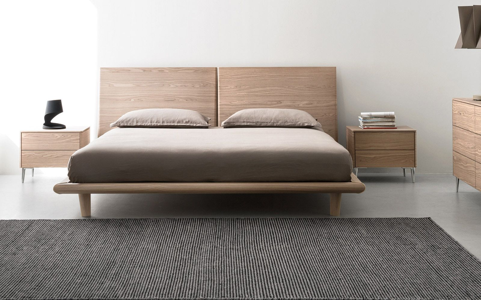Wooden double bed SIERRA: queen-size. Calligaris CS/6045-Q