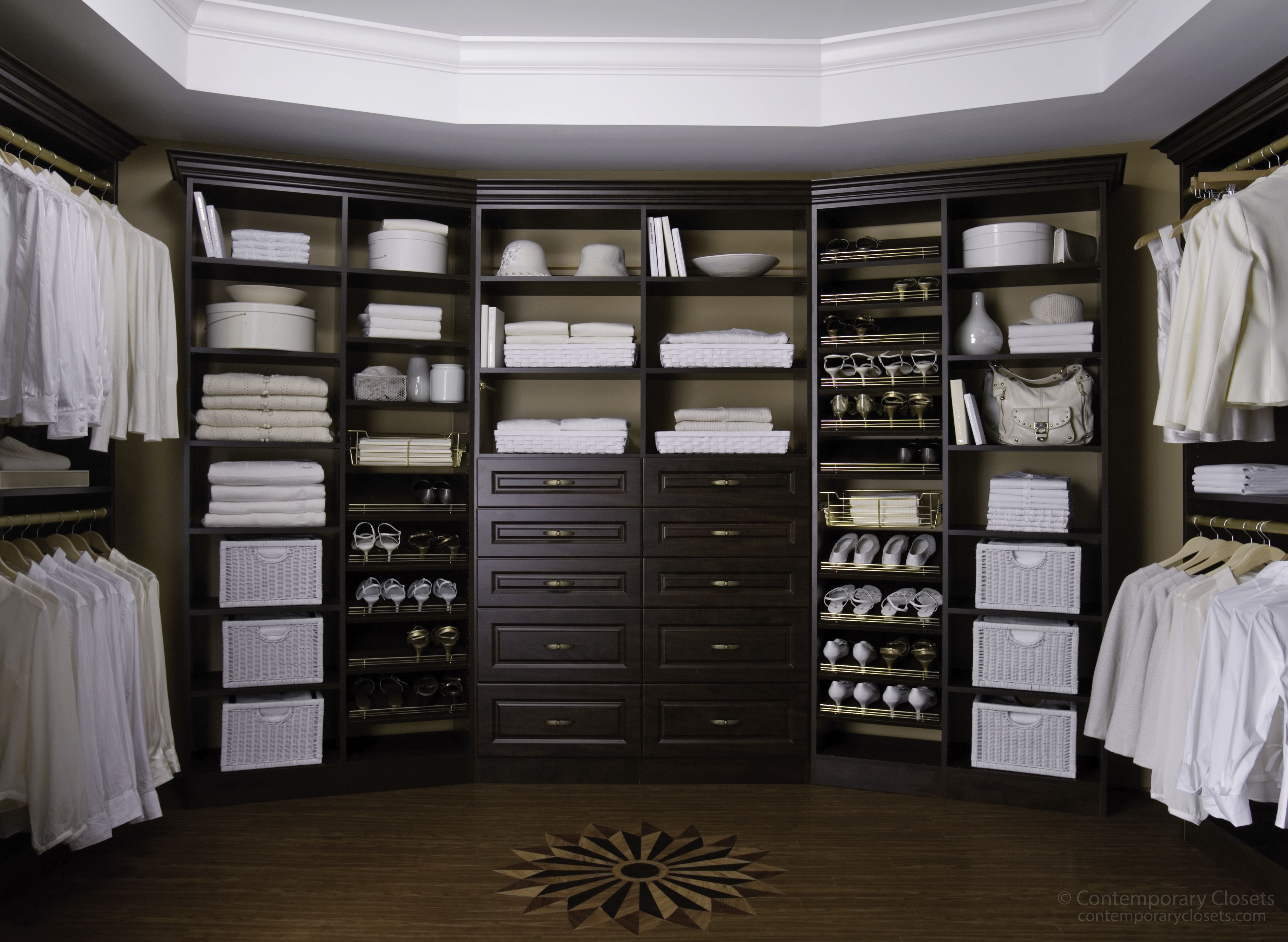 Espresso Walk In Closet | Walk-In Closets | Pinterest | Vestidor ...