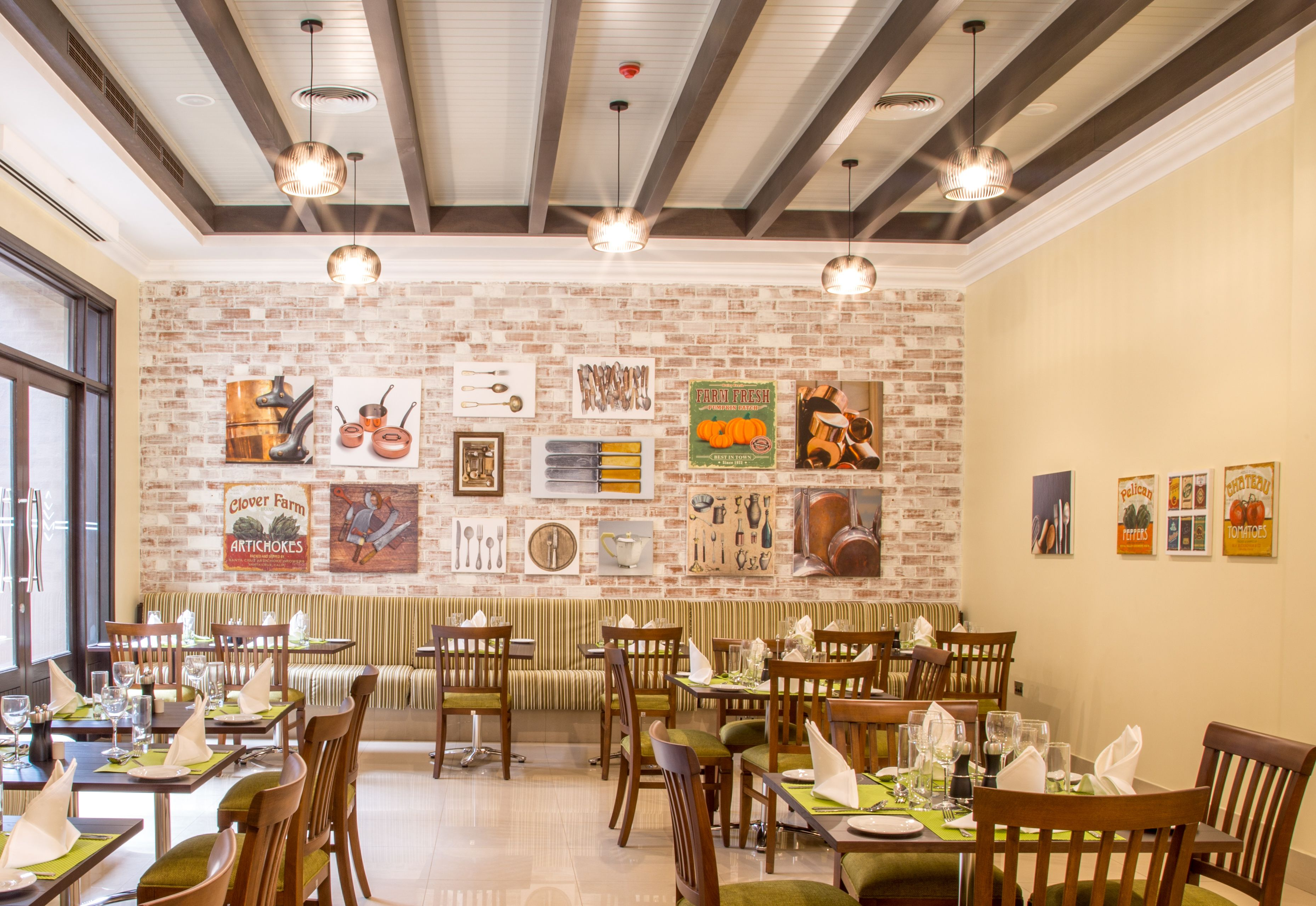 Dine At The Amber Restaurant To Experience Delicious International Buffets For Breakfast Lunch And Dinner
