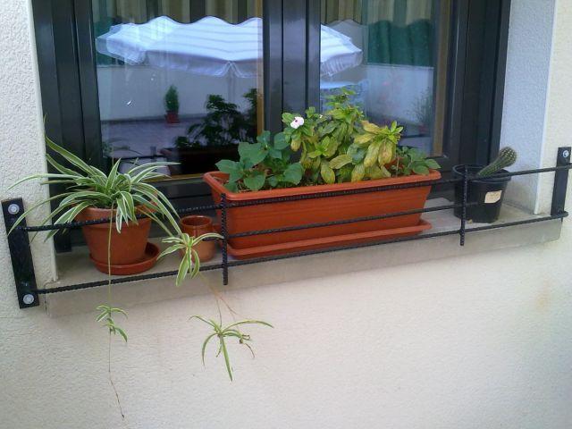 soporte ventana macetas