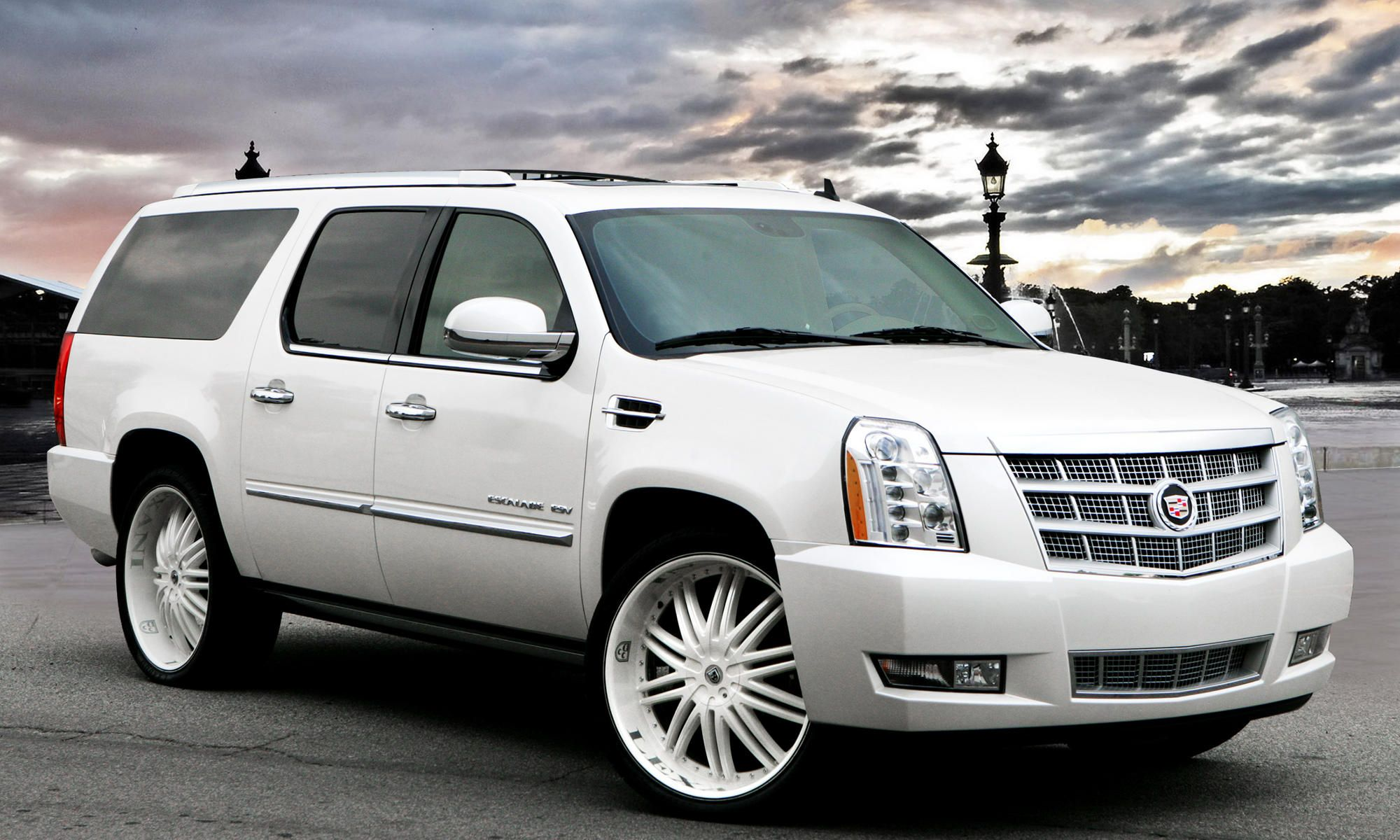 lexani wheels the leader in custom luxury wheels 2011 white cadillac escalade with custom white lx 10 wheels [ 2000 x 1200 Pixel ]