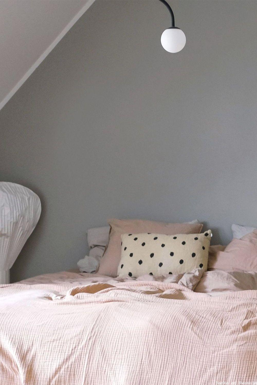 Greige Als Wandfarbe Fur Das Schlafzimmer Von Www Kolorat De