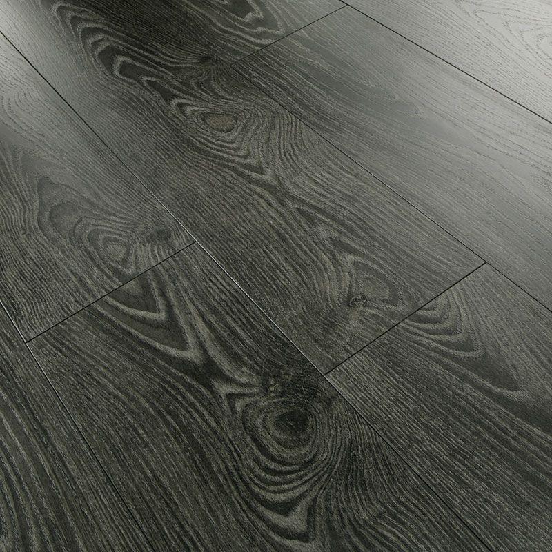 Series Authentic 8mm Black Varnished Oak V Groove Laminate Flooring