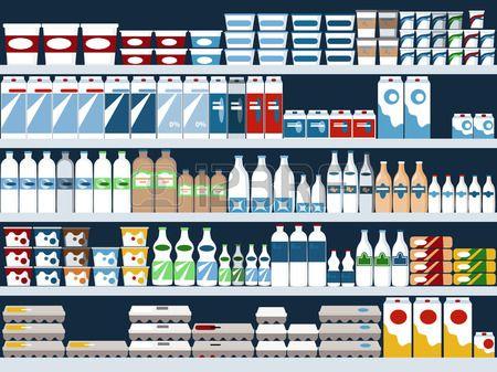 Productos lácteos exhibidos en el supermercado.