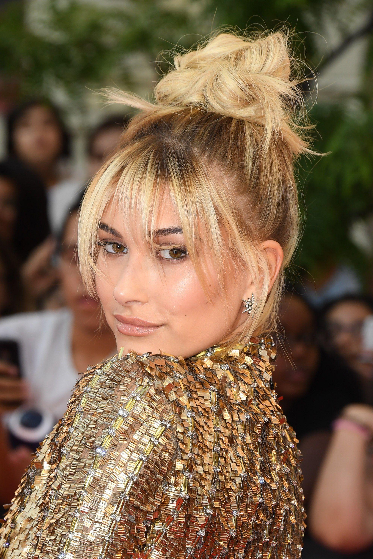 Hailey Baldwin's Best Beauty Looks Are Serious Inspo ...