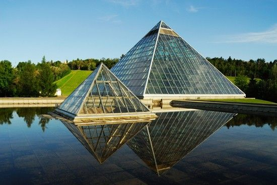 10 Cool Modern Buildings Inspired By Ancient Egypt -9984