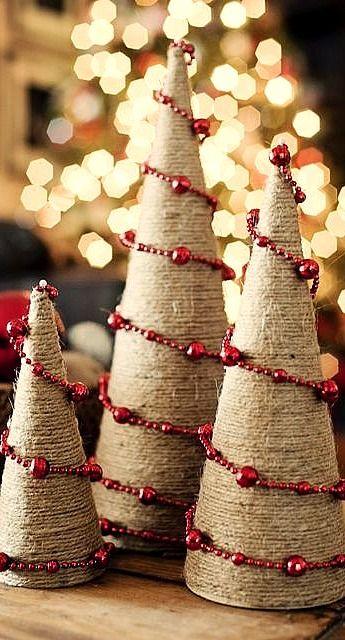 burlap string trees Dekorcik Pinterest Cuerda Navidad y