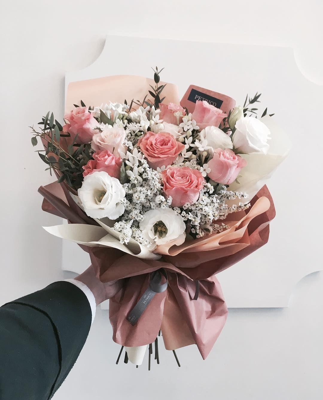 """플로리스트 고하나 florist Goh hana on Instagram: """"벌써 꽃이 그리운 밤"""