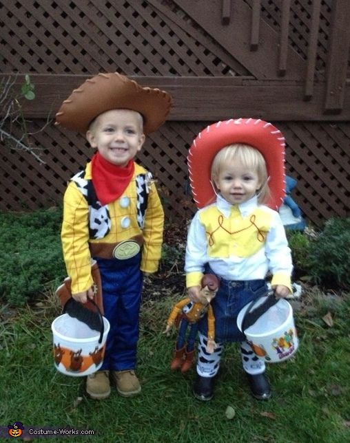 toy story woody and jessie 2013 halloween costume contest via costumeworks - Toddler Jessie Halloween Costume