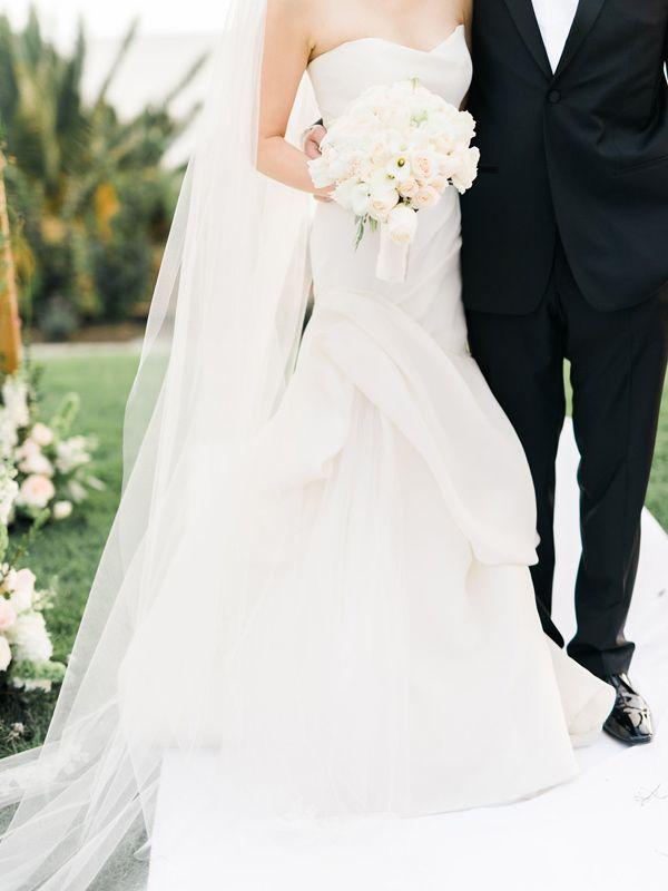 Stylish Pacific Palisades Beach Wedding Beach wedding photos