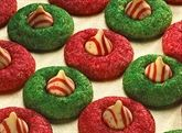 KISSES Candy Cane Blossoms. Hershey's Christmas! Yummy cookie! -Sarah
