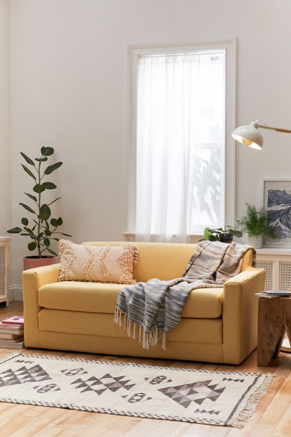 Look No Further We Found The Best Sofas For Small Spaces With Images Sofas For Small Spaces Small Sleeper Sofa