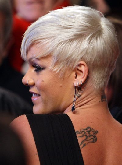 Pink Platinblonder Pixie Cut Platinblond Cabello Cortito