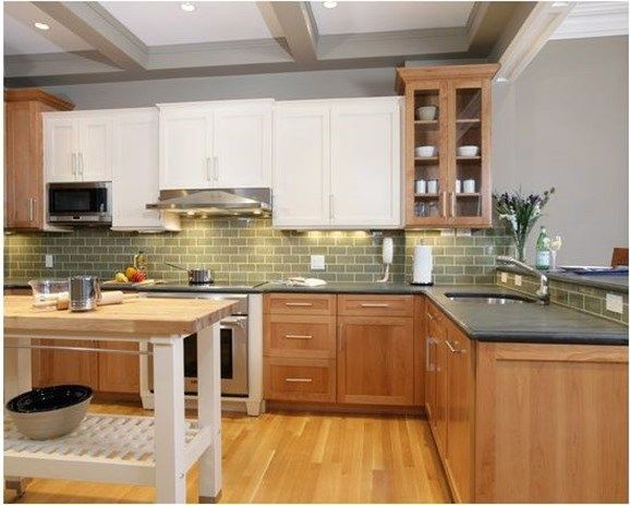Wood Lower White Upper Cabinets Remodelling Ideas In 2019 Shaker