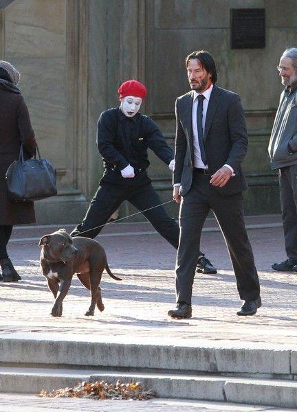 Keanu Reeves Photos - Keanu Reeves on the Set of 'John Wick 2' - Zimbio