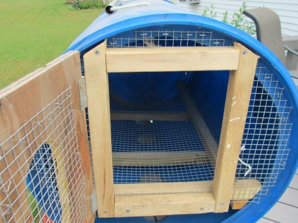 Pin By Cori Ashton On Kipper Barrel Dog House Dog House Diy
