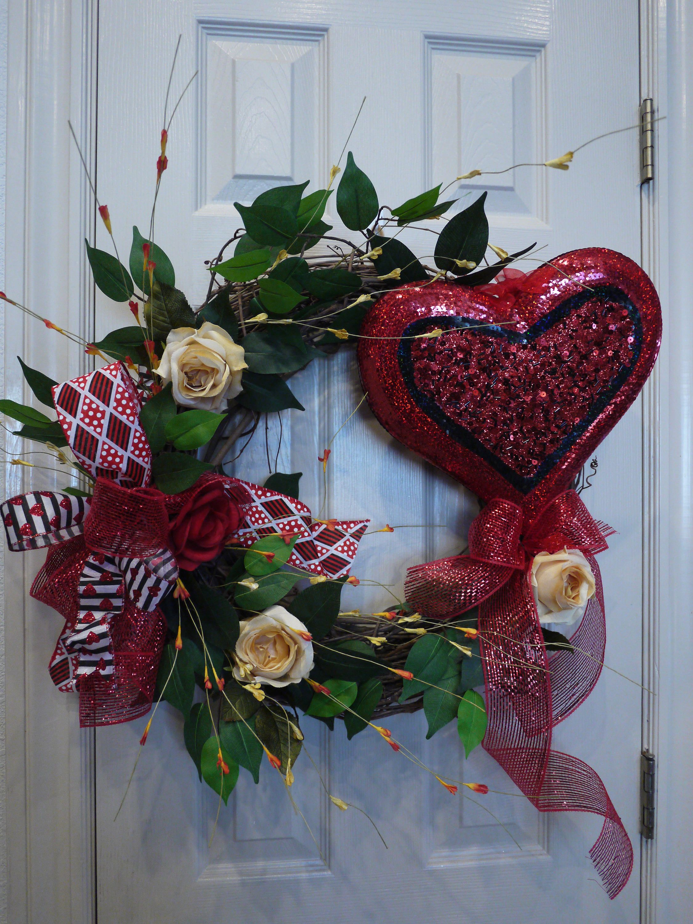 Valentine Grapevine Heart Wreath Wreath Grapevine Wreath Etsy Valentine Wreath Valentine Decorations Valentine Day Wreaths