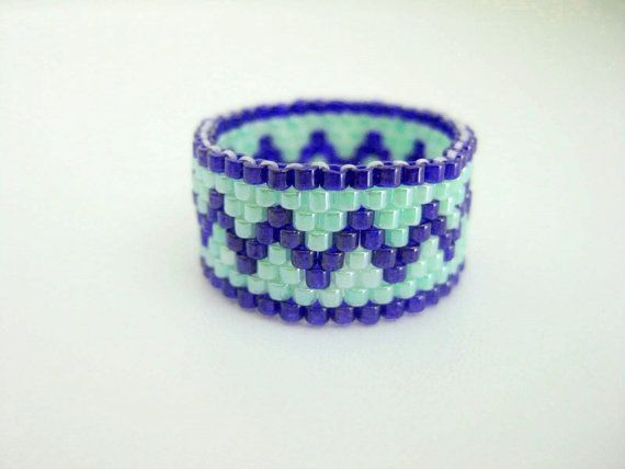 Peyote Ring / Zig-Zag Ring / Seed Bead Ring in Blue and Green / Size ...