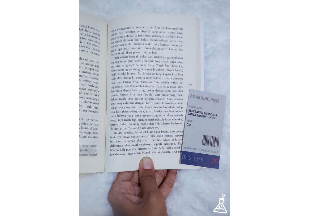 Critical Eleven By Ika Natassa Ketika Hati Mempertanyakan Pilihan Resensi Buku Novel Membaca Buku