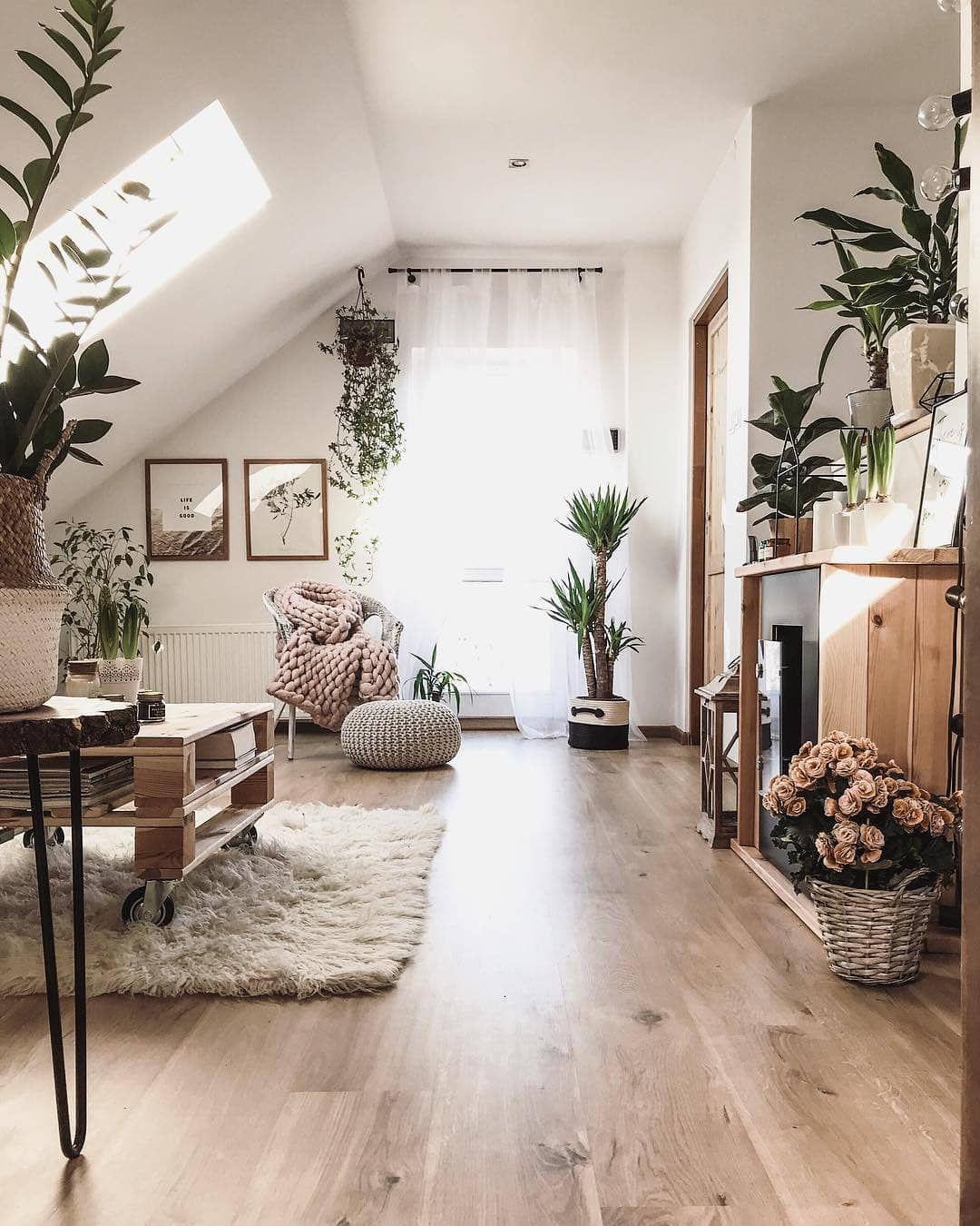 Country Styleinterior Design: #olivrahomedecor#livingroomgoals#livingroomideas