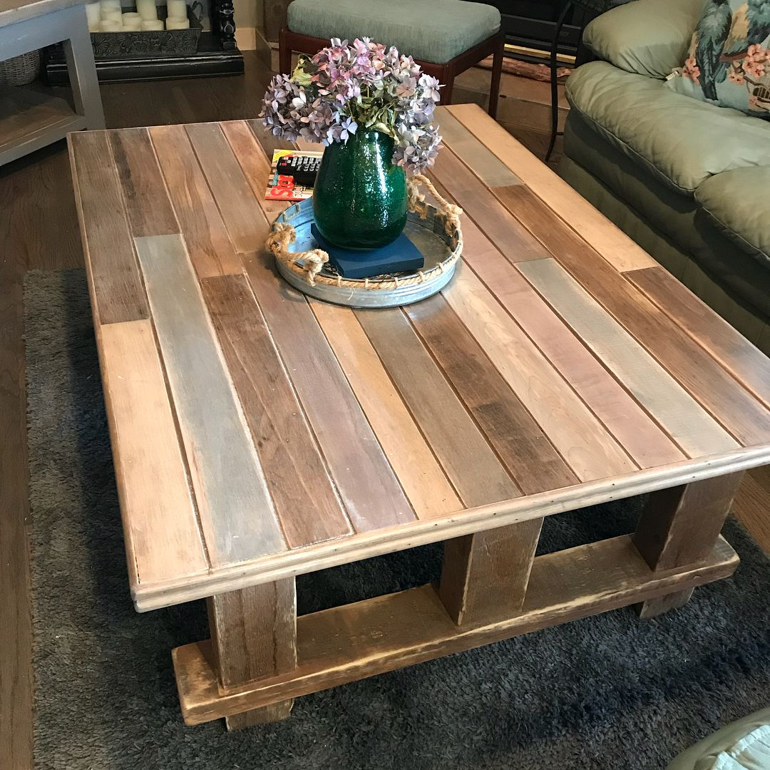 Rustic One Of A Kind Coffee Table Coffeetable Rusticdecor Rustic Okwoodenheart Livingroom Livingroomdecor Livingroomfurn Coffee Table Table Rustic Decor [ 1080 x 1080 Pixel ]
