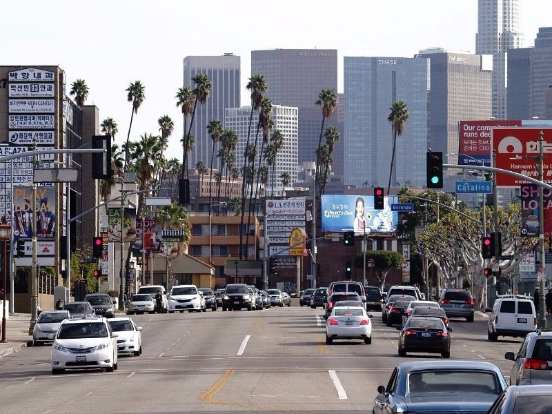 L A Layover Here Are 8 Ways To Spend 24 48 Hours In Los Angeles In 2020 Koreatown Los Angeles Los Angeles Los Angeles California