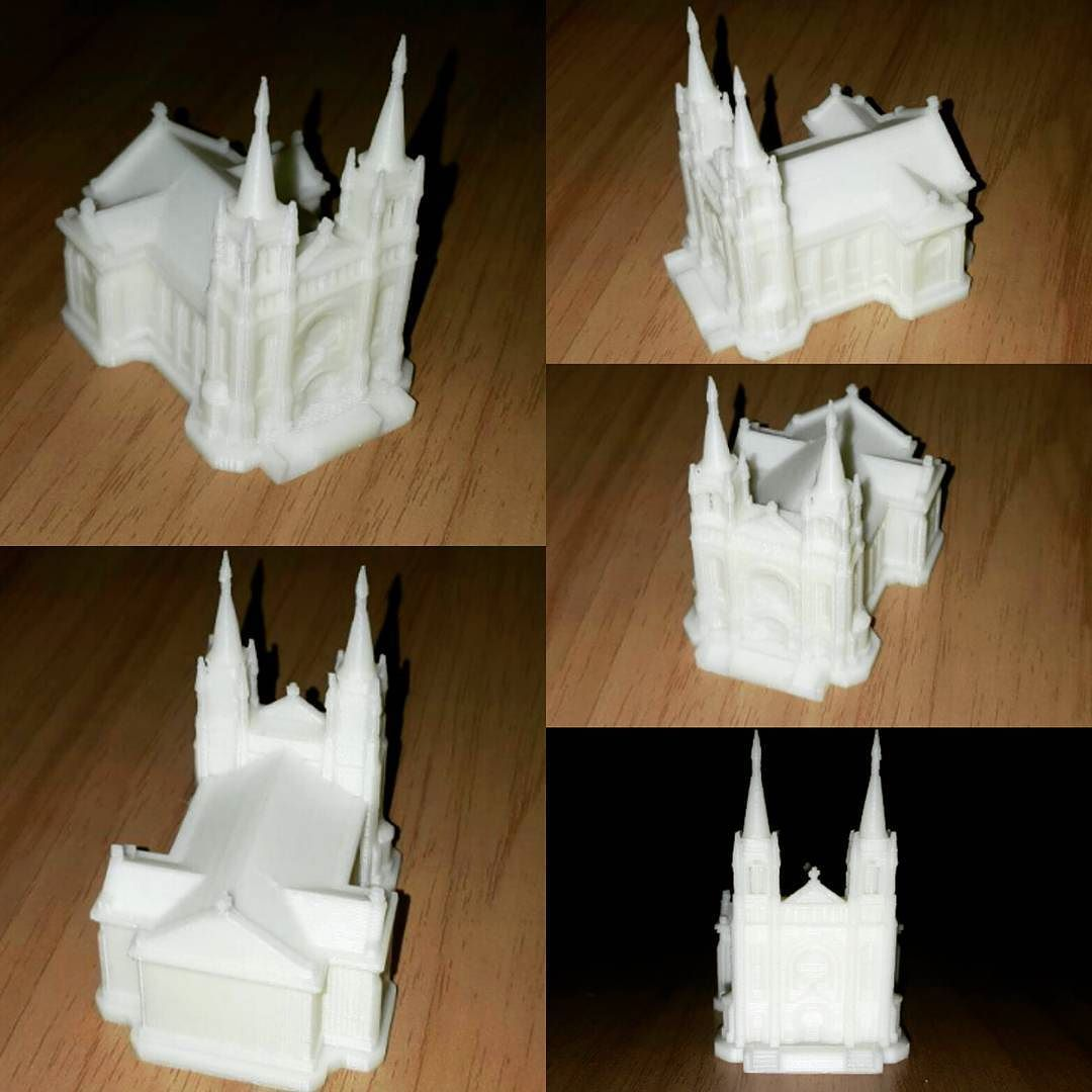 Something we liked from Instagram! #castle #chapel #chateau #mansion #3dprinter #3dmodel #3D #painting #modelcastle #hall #tale #printing #art #artdesign #arts by tsvetanovak check us out: http://bit.ly/1KyLetq