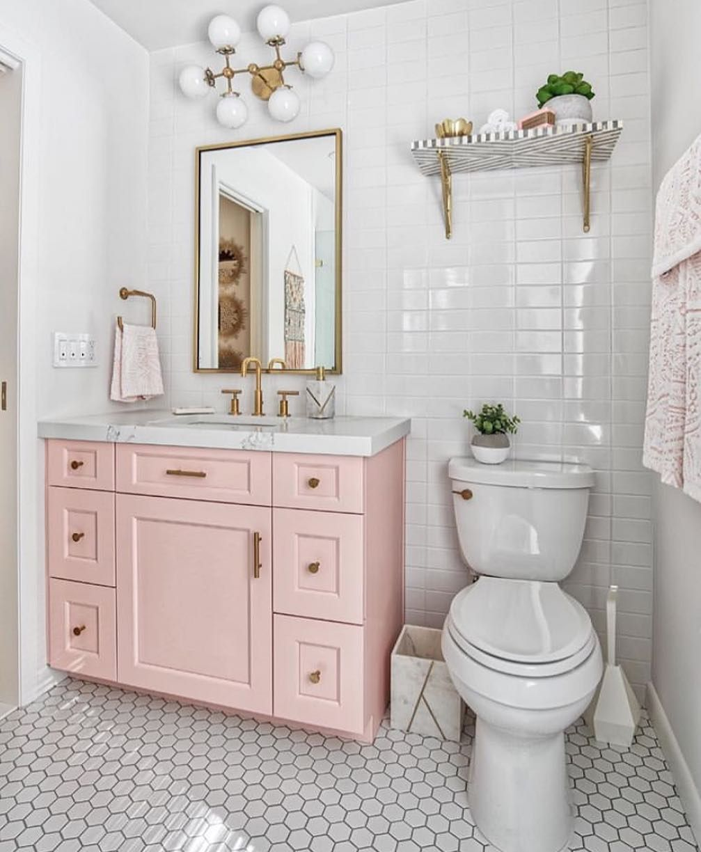 Interior Design Decor Ideas On Instagram Pink Vanity Gold Accents Such A Pretty Combo Who S With M Trendy Bathroom Gorgeous Bathroom Bathroom Decor