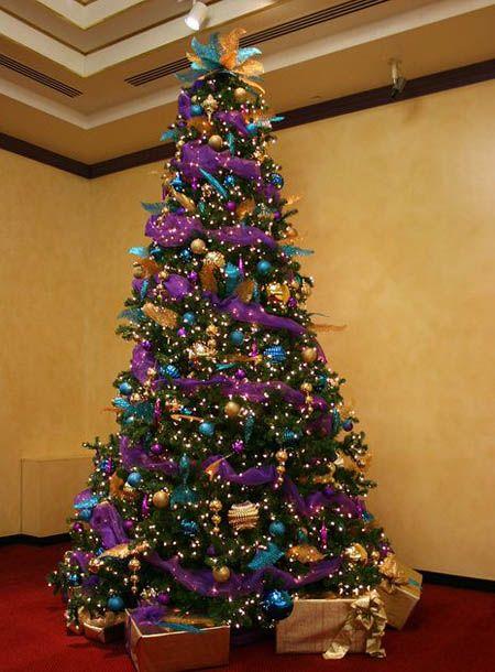 35 Breathtaking Purple Christmas Decorations Ideas Purple