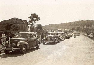 Uma bela foto da Av. Regente Feijó na década de 40/50 na Vila Formosa em São Paulo/SP.  (Foto e texto Internet mercado devilaformosa).
