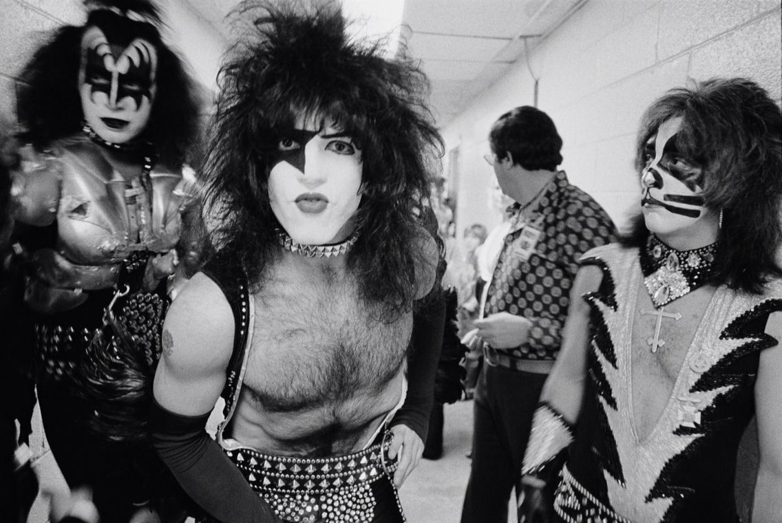 Pin By Chloe On Kiss Kiss Band Peter Criss Paul Stanley