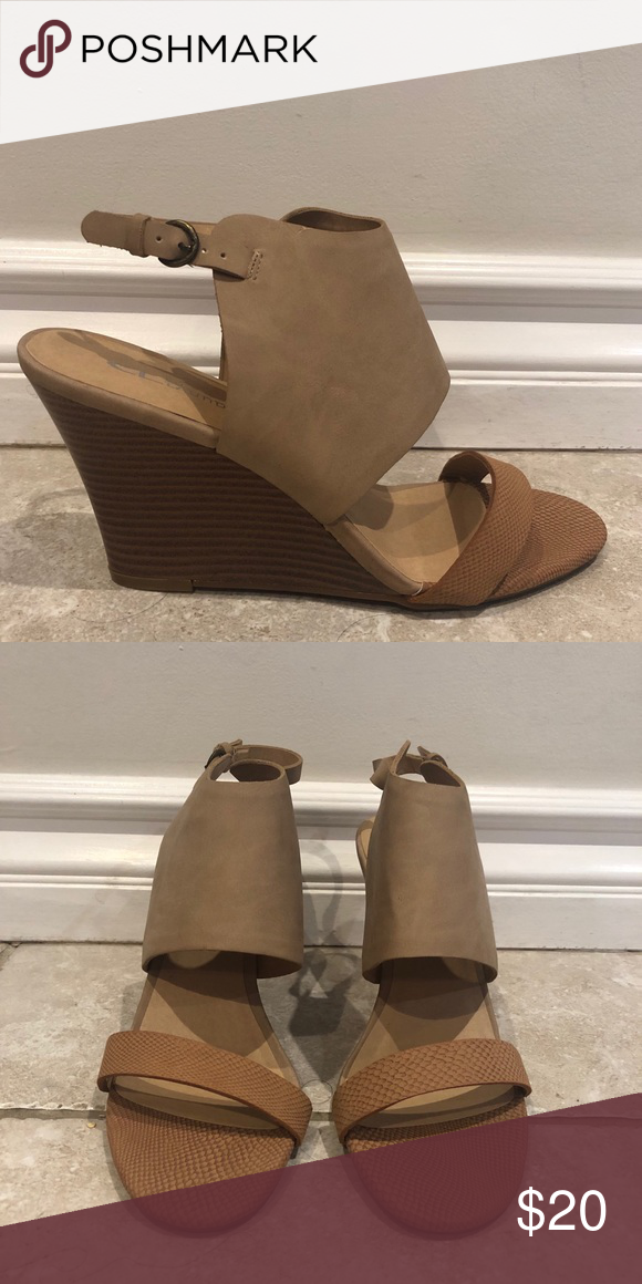 Brand New Cl By Laundry Wedges With Images Wedges Wedges
