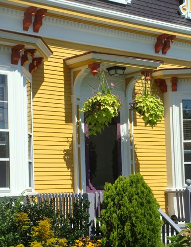 Victorian exterior paint color combinations home for Exterior yellow paint